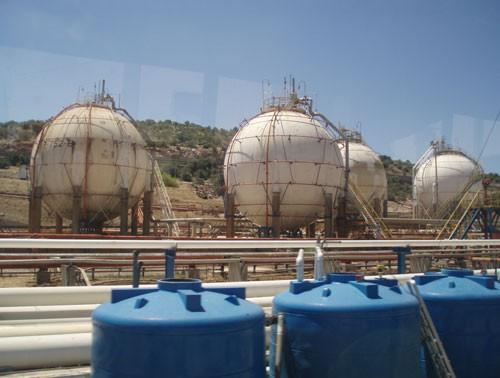 Δεξαμενές προπυλαινίου Ελληνικά Πετρέλαια
